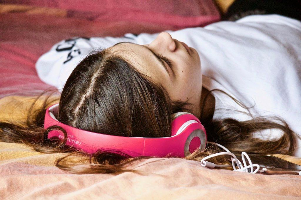 Похудения напрямую зависит от здорового сна